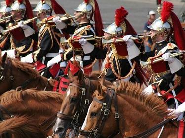 france,français,eva joly,françois fillon,quatorze juillet, défilé militaire