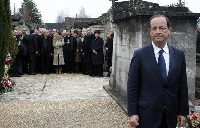 Francois-Hollande-Jarnac_pics_390.jpg