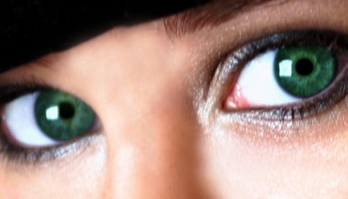 yeux-verts.jpg