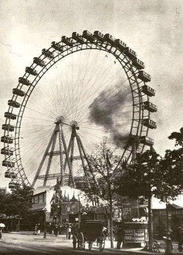 4 la grande roue à vapeur.jpg