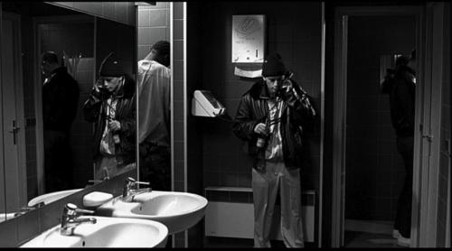 téléphone,wc,yoilettes,mathieu kassovitz