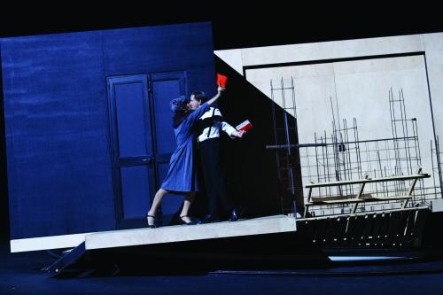 les lucioles,l'entêtement,théâtre de la croix-rousse,rafaël spregelburd,théâtre,lyon,littérature,langage,linguistique;guerre d'Espagne