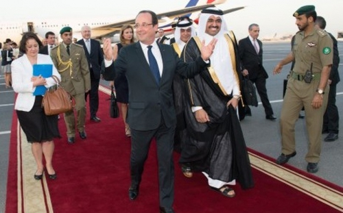 7762552769_francois-hollande-est-arrive-au-qatar-samedi-22-juin (1).jpg